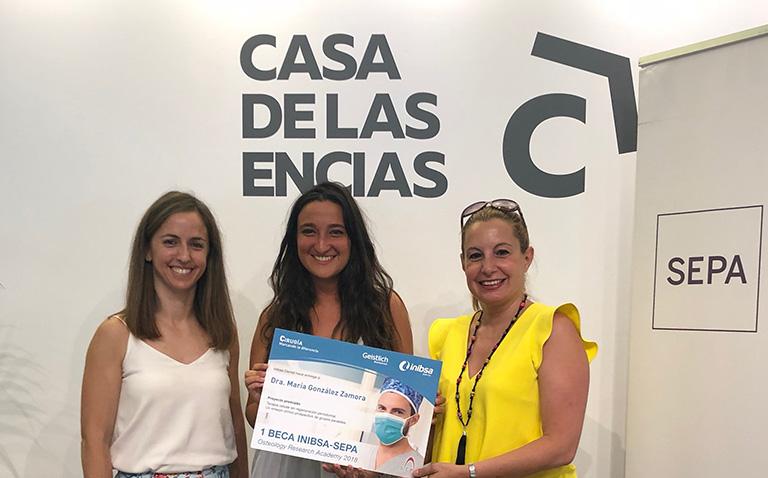 La Dra. María González Zamora gana la beca Inibsa Dental-Fundación SEPA´18